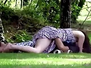 desixxxgirl.com-Indian Desi Girl Outdoor Romance mms